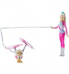 Barbie y mascota voladora
