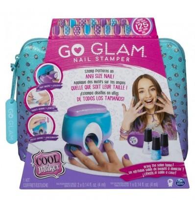 Estudio de uñas glamour