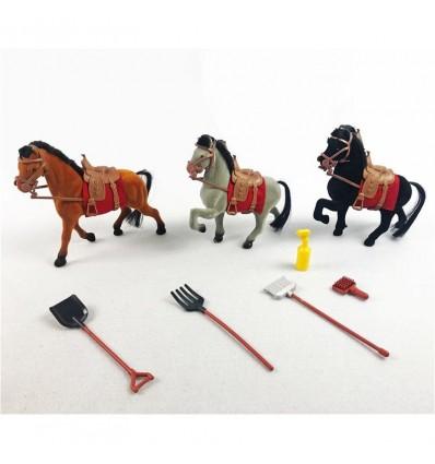 3 caballos con accesorios