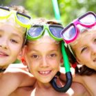 niños-juguetes-piscina-playa-palaciodeljuguete
