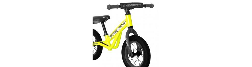 Bicicletas triciclos y patinetes